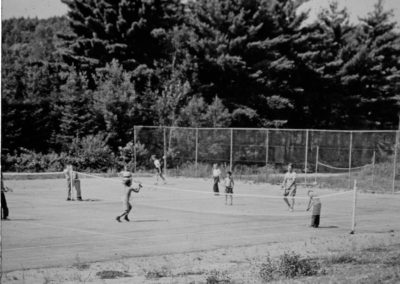 Années '50. Le terrain de tennis