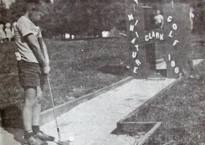 1961. Le mini-golf