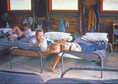 1960. L'intérieur d'une cabine.
